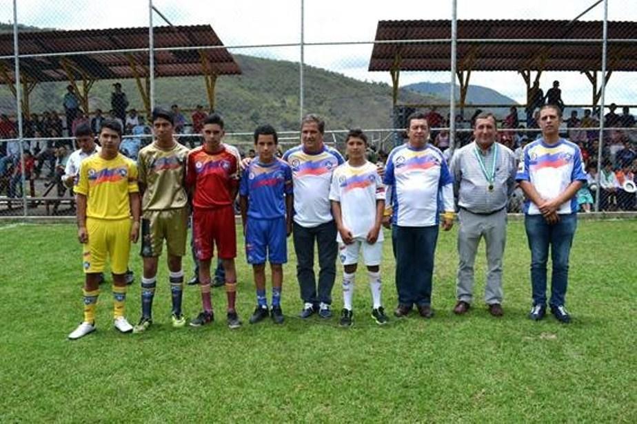 J Venes Colombianos Y Venezolanos Participan En Torneo De F Tbol Binacional Canciller A