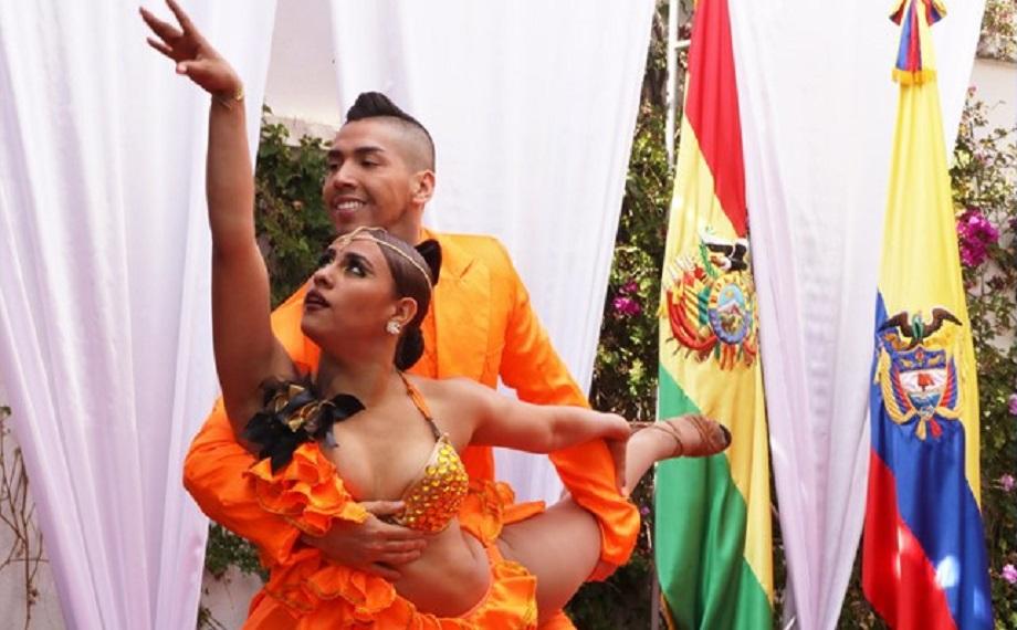 Bolivianos Disfrutaron De La Salsa Colombiana Con La Escuela De Baile Swing Latino Cancillería