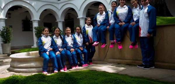 Jóvenes nadadoras de Arauca realizarán intercambio de Diplomacia Deportiva en Hungría