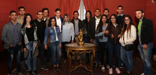 """Estudiantes de la Universidad Tecnológica de Bolívar (sede Cartagena) visitaron la Academia """"Augusto Ramírez Ocampo"""""""