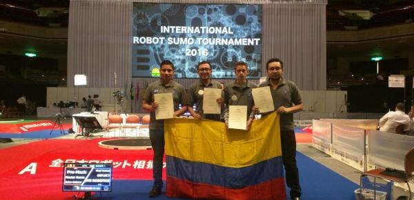Estudiantes colombianos participaron en el Torneo Internacional de Lucha de Robots