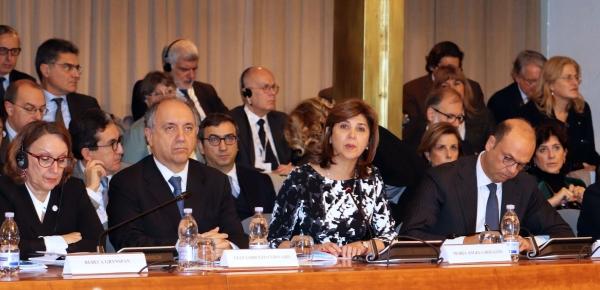 """""""Es muy importante que Italia vea las enormes potencialidades, no de cada uno de nuestros países, sino de todos unidos como región"""": Canciller Holguín en la VIII Conferencia Italia – América Latina y el Caribe"""