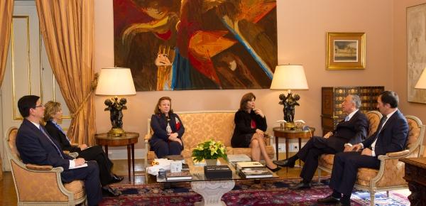 Ministra Holguín sostuvo un encuentro con el Presidente de Portugal, Marcelo Rebelo de Sousa