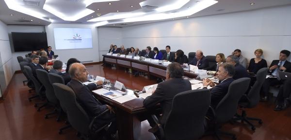 Viceministra Londoño participó en la jornada de trabajo del Gabinete de Posconflicto que hizo seguimiento a los planes diseñados para esta etapa de la paz