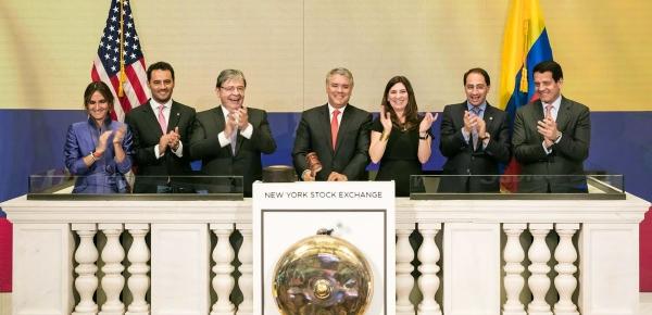 En Wall Street, el Canciller Carlos Holmes Trujillo acompañó al Presidente Iván Duque en el cierre de la Bolsa de Valores de Nueva York