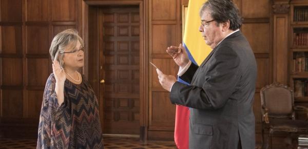 Canciller Holmes Trujillo posesionó a la Embajadora Martha Cecilia Pinilla Perdomo como Jefe de Misión en Trinidad y Tobago