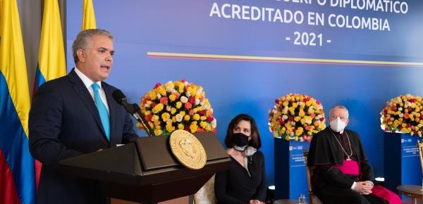 Valoramos esfuerzos de muchos países ante crisis migratoria venezolana, pero se debe hacer mucho más, subrayó el Presidente Duque