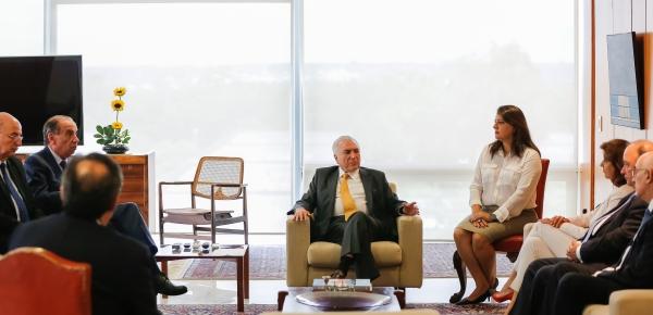 Canciller María Ángela Holguín se reunió con el Presidente de Brasil Michel Temer