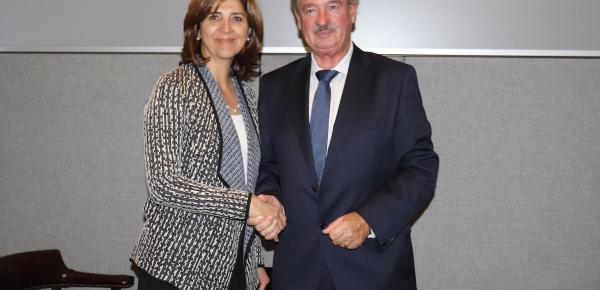 Ministra Holguín se reunió con su homólogo de Luxemburgo