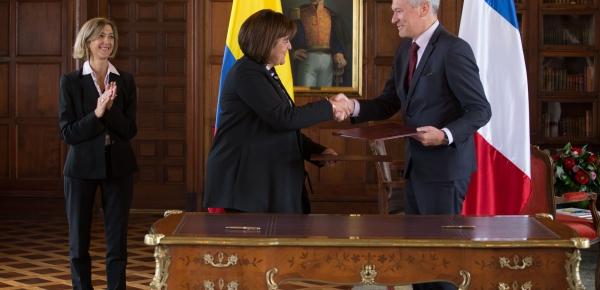 Viceministra Patti Londoño fue testigo de la firma de la declaración interpretativa del Acuerdo de Protección y Promoción Recíproca de Inversiones Colombia – Francia