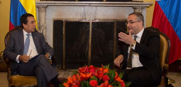 Eslovaquia visitó la Cancillería colombiana para desarrollar reunión