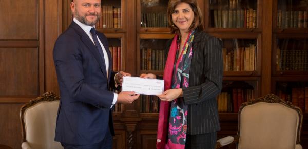 Ministra de Relaciones Exteriores recibe donación para el Programa Integral Niños, Niñas y Adolescentes con Oportunidades
