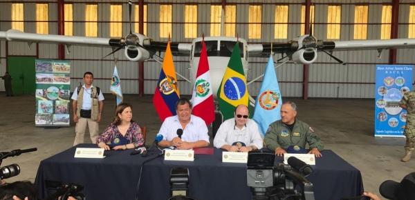 Embajadora de Colombia en Perú participó en ejercicio de las Fuerzas Áreas de Colombia, Perú y Brasil.