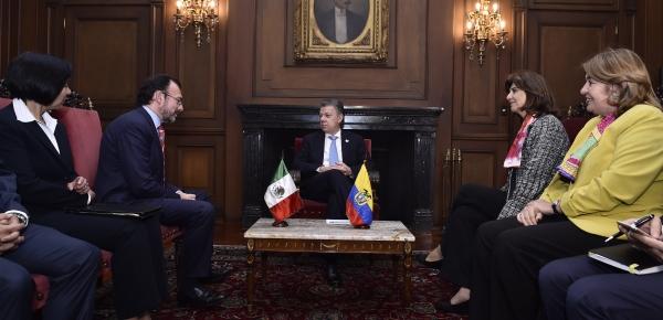 Presidente Juan Manuel Santos y la Canciller María Ángela Holguín se reunieron con el Secretario de Relaciones Exteriores de México, Luis Videgaray