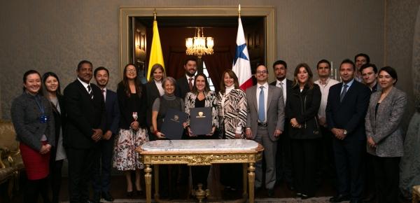 Comisión Mixta de Cultura, Educación y Deporte de Colombia y Panamá, se reunió en la Cancillería para conocer la experiencia en la institucionalización de industrias creativas