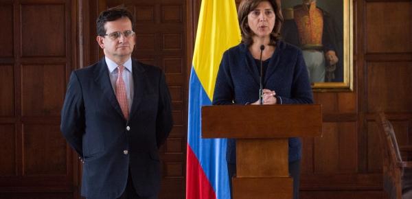 Canciller María Ángela Holguín llamó a consultas al Embajador de Colombia en Venezuela