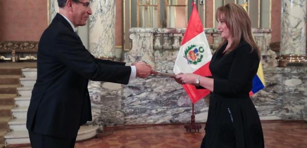La nueva Embajadora de Colombia en el Perú, Maria Claudia Mosquera Jaramillo, presentó cartas credenciales al Presidente Martín Vizcarra Cornejo