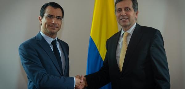 Viceministro Francisco Echeverri dialogó con el Asesor del Primer Ministro de Grecia, Iásonas Pipinis, sobre asuntos bilaterales y la crisis migratoria venezolana
