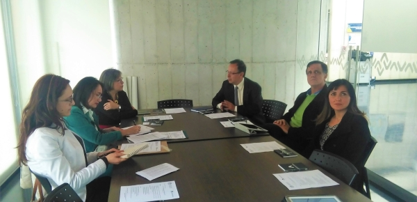 Una delegación de la Academia Diplomática visitó al Centro Ático