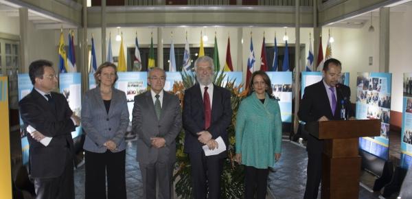 Academia Diplomática inauguró exposición sobre la historia de la Organización Internacional Ítalo-Latinoamericana
