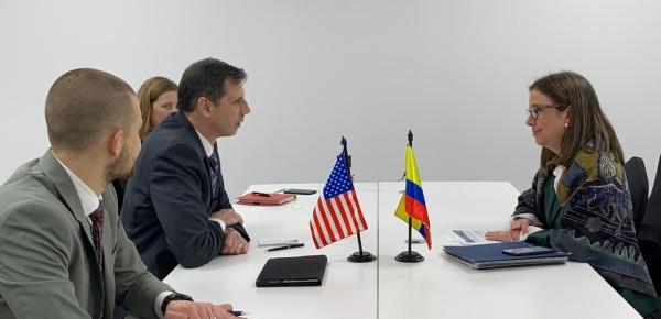 Viceministra Adriana Mejía sostuvo reunión bilateral con James A. Walsh, Subsecretario Adjunto de la Oficina de Asuntos Internacionales de Narcóticos y Aplicación de la Ley del Departamento de Estado de Estados Unidos