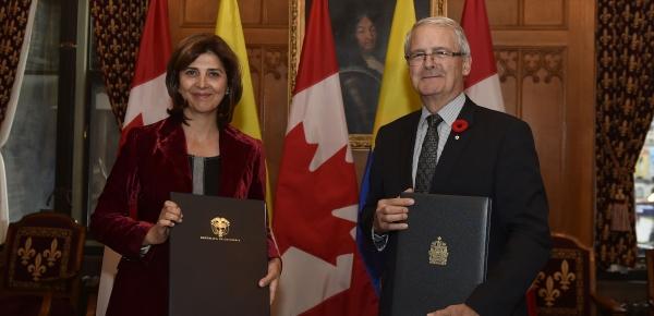 Colombia y Canadá suscribieron Acuerdo de Transporte Aéreo