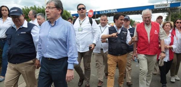 Cúcuta (oct.19/19) Desde Cúcuta, en donde hizo un recorrido acompañado del Ministro Holmes Trujillo, el Canciller español, Josep Borrell, anunció que su Gobierno contribuirá con 50 millones de euros en los próximos tres años para atender la crisis migratoria que se vive en la región a causa del éxodo de venezolanos.