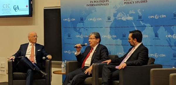 Canciller Carlos Holmes Trujillo reiteró su compromiso con el Presidente Encargado Juan Guaidó para unas elecciones libres y transparentes