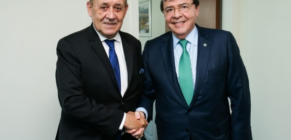 Canciller Holmes Trujillo destacó liderazgo de Francia para responder a desafíos globales en materia ambiental y de cambio climático, en encuentro con su homólogo fracés