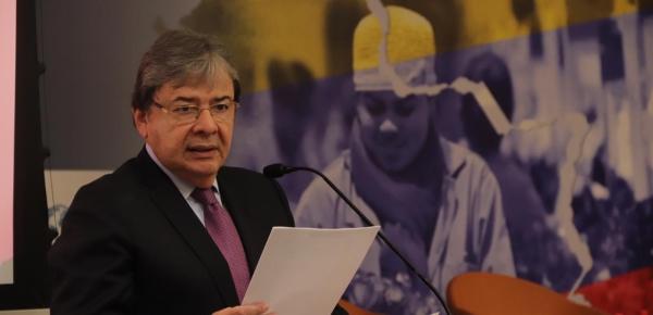 """Conferencia del Ministro de Relaciones Exteriores, Carlos Holmes Trujillo, en el foro """"La migración en Colombia: retos para la integración económica de los migrantes, de la Universidad del Rosario"""