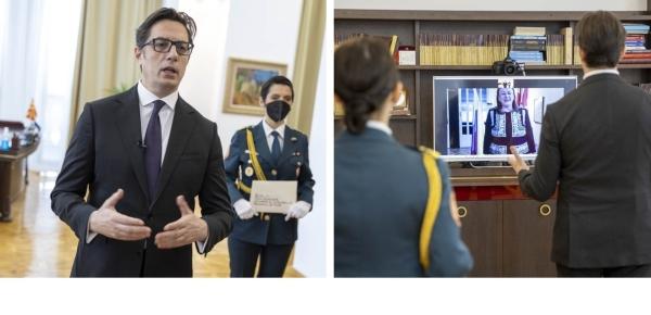 La Embajadora de Colombia en Hungría, Carmenza Jaramillo, presentó al Presidente de la República de Macedonia del Norte, Stevo Pendarovski, las Cartas Credenciales como Embajadora No Residente