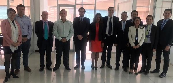 Director consular del Ministerio de Relaciones Exteriores chileno visitó sede de Apostilla y Legalizaciones de la Cancillería en el marco de la Primera Reunión de la Comisión de Asuntos Migratorios y Consulares Chile-Colombia en Bogotá