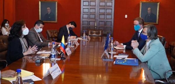 """""""Colombia y Unión Europea elevarán el nivel de su relación estratégica"""" Canciller Blum al terminar reunión con la Embajadora de la UE Patricia Llombart"""