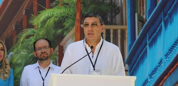 Comunidad Andina aprueba norma que elimina los costos de roaming internacional, anuncia Secretario General de la CAN