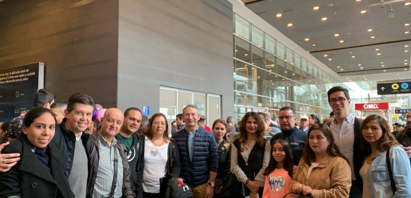 Con el fin de preservar la vida y la integridad de los funcionarios colombianos en Venezuela, la Cancillería realiza el protocolo de evacuación