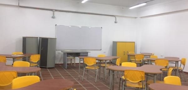 Foto del aula en el Cesar se beneficiaron con la construcción de un aula de sistemas en el marco del convenio de la Cancillería con la Organización Internacional para las Migraciones