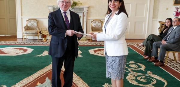 La Embajadora Patricia Cortés Ortiz presentó sus cartas credenciales al Presidente de Irlanda, Michael D. Higgins