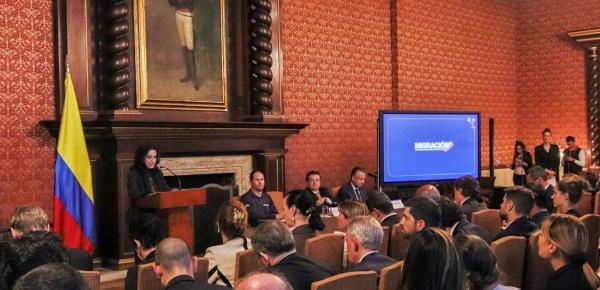 Ante el cuerpo diplomático y consular, y representantes de organismos internacionales, la canciller, Claudia Blum, y el ministro de Salud, Fernando Ruiz, informaron las medidas del Gobierno nacional sobre el COVID-19