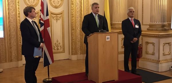 Colombia y Reino Unido suscribieron un acuerdo bilateral para la Cooperación en Cambio Climático y Lucha Contra la Deforestación