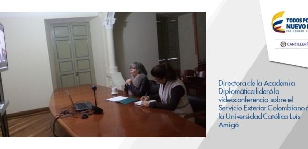 Directora de la Academia Diplomática lideró la videoconferencia sobre el Servicio Exterior Colombiano a la Universidad Católica