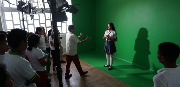 La Dirección de Fronteras capacita en Inírida a estudiantes indígenas en técnica fotográfica