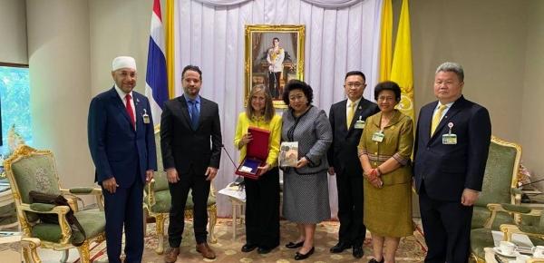 Embajadora Ana María Prieto Abad dialogó con Presidenta de la Comisión de Asuntos Exteriores del Parlamento