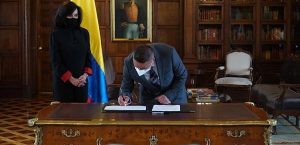 José Antonio Solarte es el nuevo Embajador de Colombia en Argelia