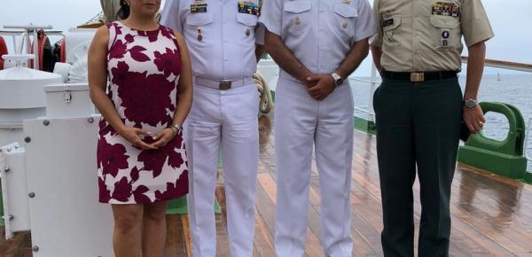 Embajada de Colombia en Honduras acompañó la visita del Buque Escuela ARC Gloria a la Isla de Roatán