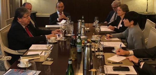 Canciller Holmes Trujillo y su homóloga de Noruega, Ine Marie Eriksen Soreide, dialogaron sobre asuntos bilaterales y la crisis en Venezuela