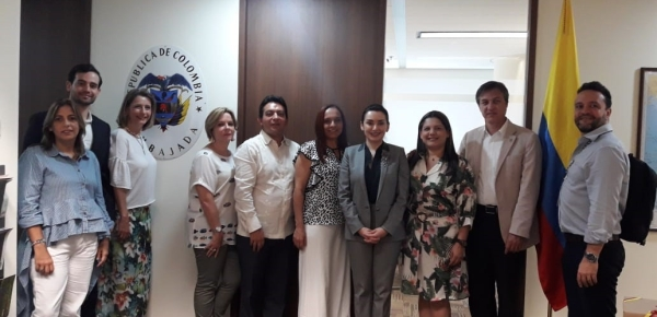 La Embajada de Colombia recibe a la Misión de Fenalco que busca aprender de las metodologías educativas