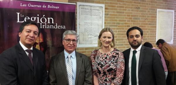 Representantes de la Cancillería asistieron a la inauguración de la exposición 'Los irlandeses en América Latina'