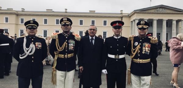 Por primera vez un cadete colombiano completa estudios en la Real Academia Militar del Ejército Británico