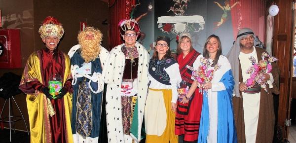 Funcionarios del Consulado de Colombia en Madrid compartieron con más de 1.200 connacionales durante evento de integración familiar