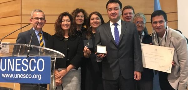 Embajada en Francia y delegación permanente de Colombia ante UNESCO acompañaron a la delegación de Armenia en la entrega del Premio UNESCO - Confucio 2017